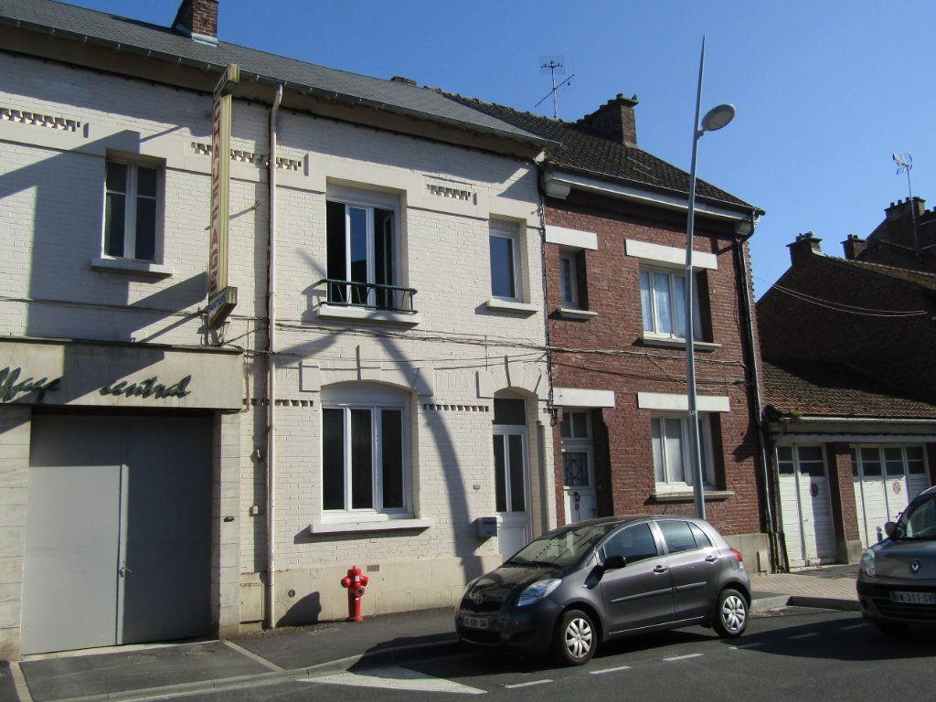 Maison à vendre 4 92m2 à Tergnier vignette-1