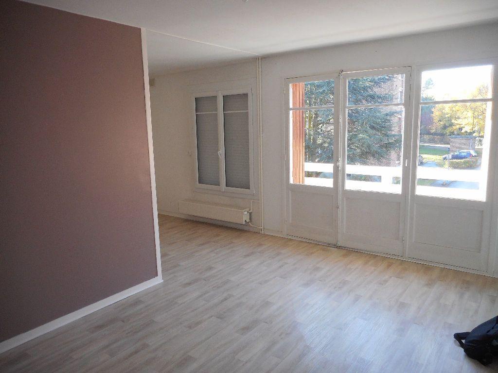 Appartement à louer 3 64.13m2 à Amiens vignette-2