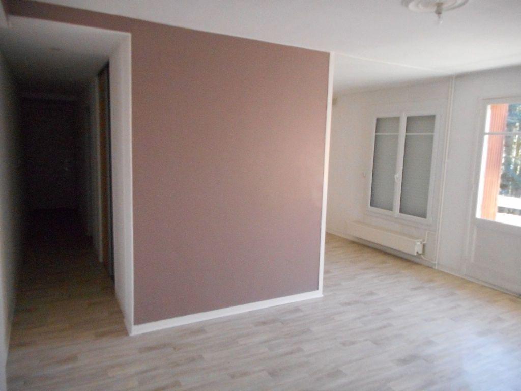 Appartement à louer 3 64.13m2 à Amiens vignette-5