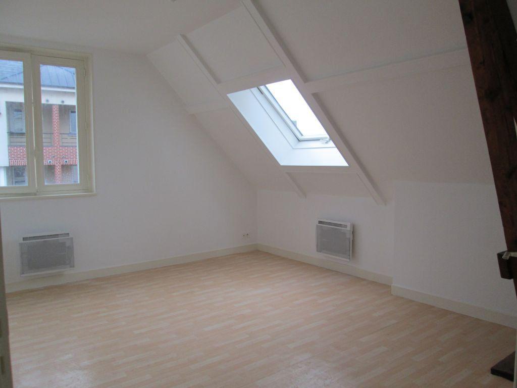 Appartement à louer 3 44.76m2 à Chauny vignette-1