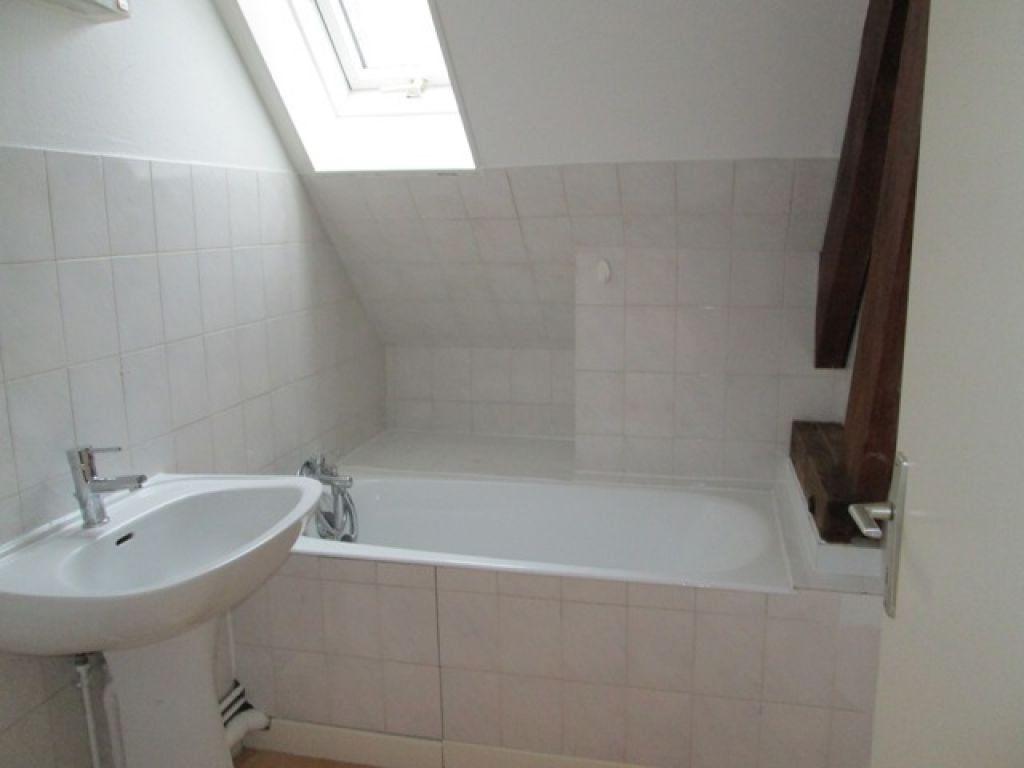 Appartement à louer 3 44.76m2 à Chauny vignette-2
