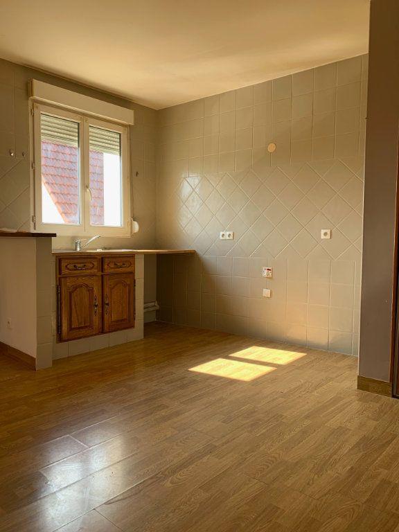 Appartement à louer 3 51.17m2 à Tergnier vignette-1