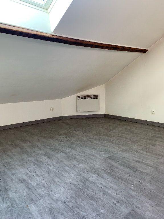 Appartement à louer 3 51.17m2 à Tergnier vignette-5
