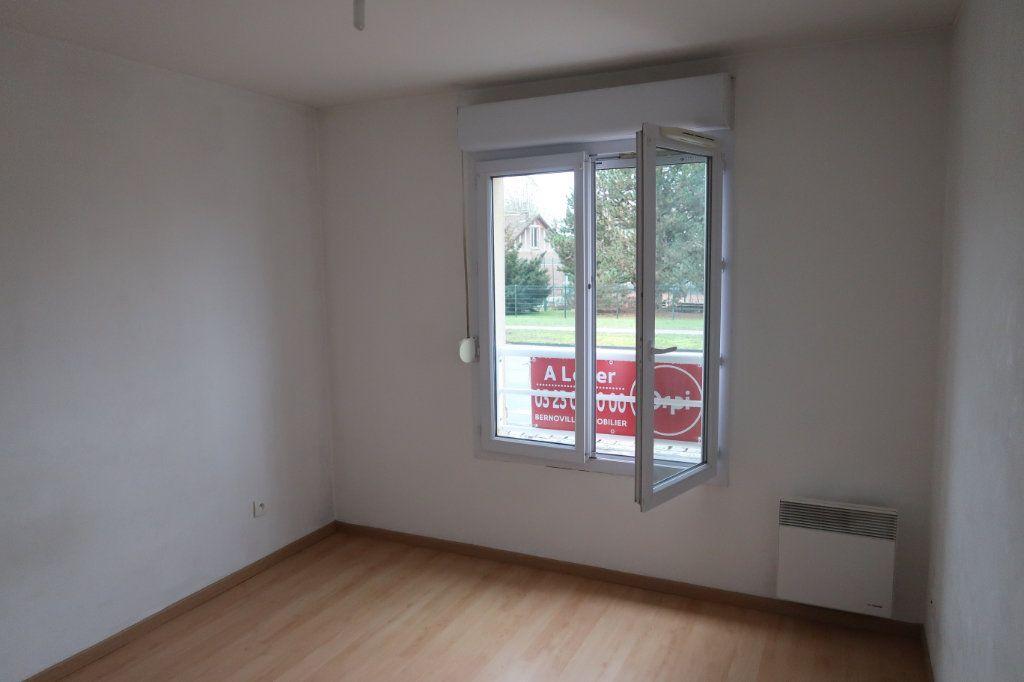 Appartement à louer 2 37.76m2 à Saint-Quentin vignette-5