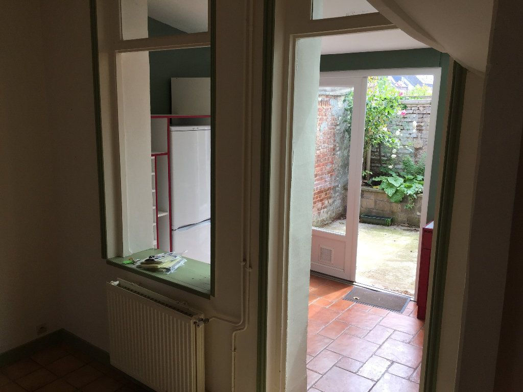 Maison à louer 4 83m2 à Amiens vignette-6