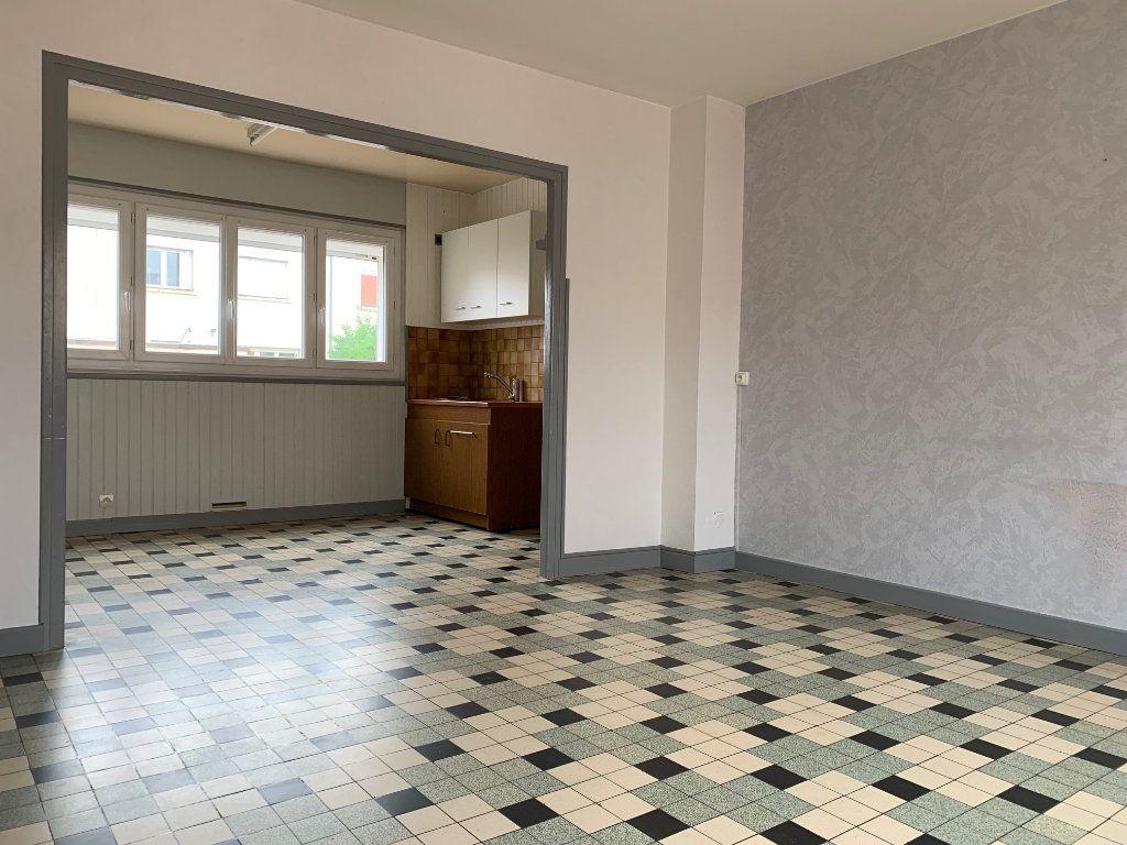 Maison à louer 5 70m2 à Tergnier vignette-4