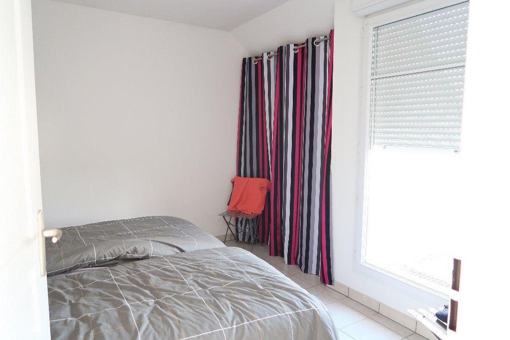 Appartement à louer 2 54.8m2 à Saint-Quentin vignette-4