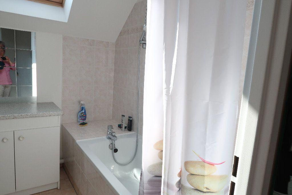 Appartement à louer 2 54.8m2 à Saint-Quentin vignette-7
