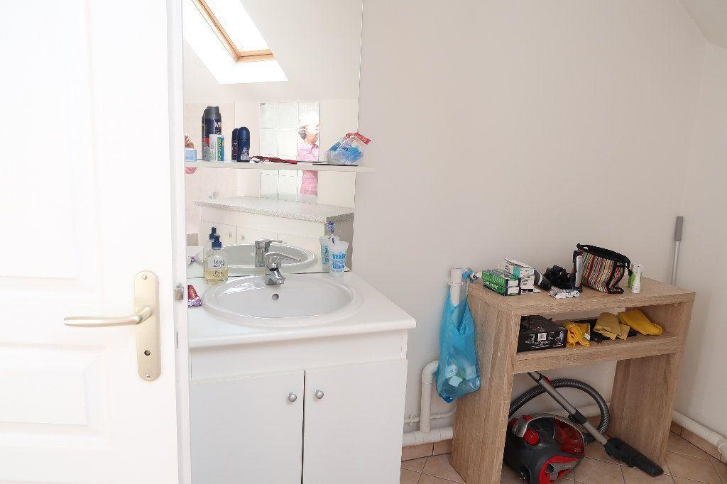 Appartement à louer 2 54.8m2 à Saint-Quentin vignette-8