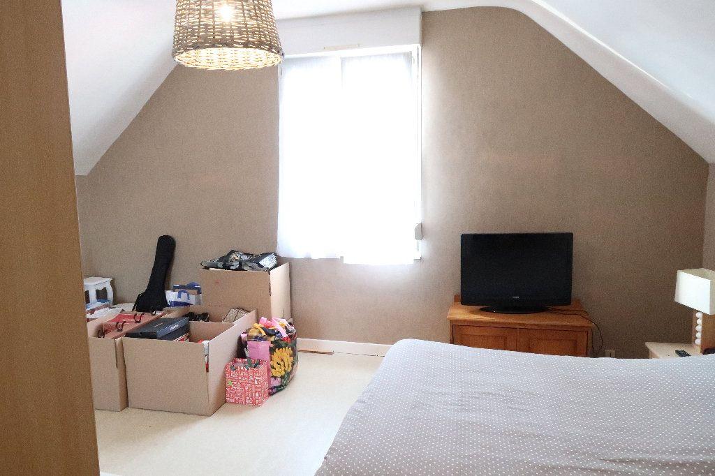 Maison à louer 3 86.04m2 à Saint-Quentin vignette-5