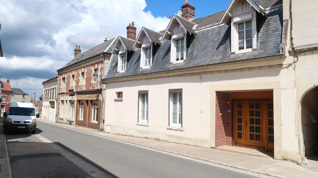 Maison à vendre 7 200m2 à Saint-Gobain vignette-1