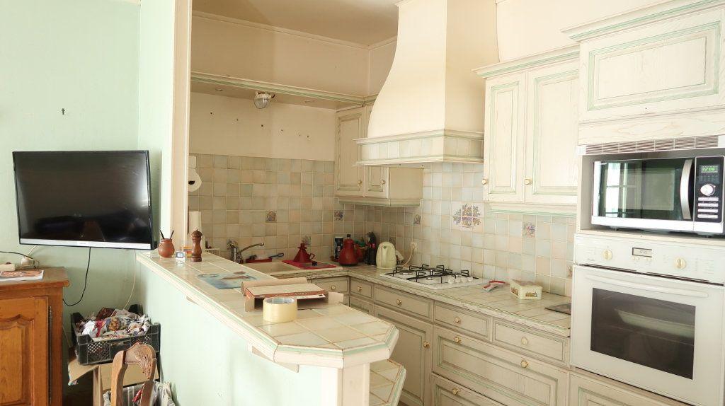 Maison à vendre 7 200m2 à Saint-Gobain vignette-3