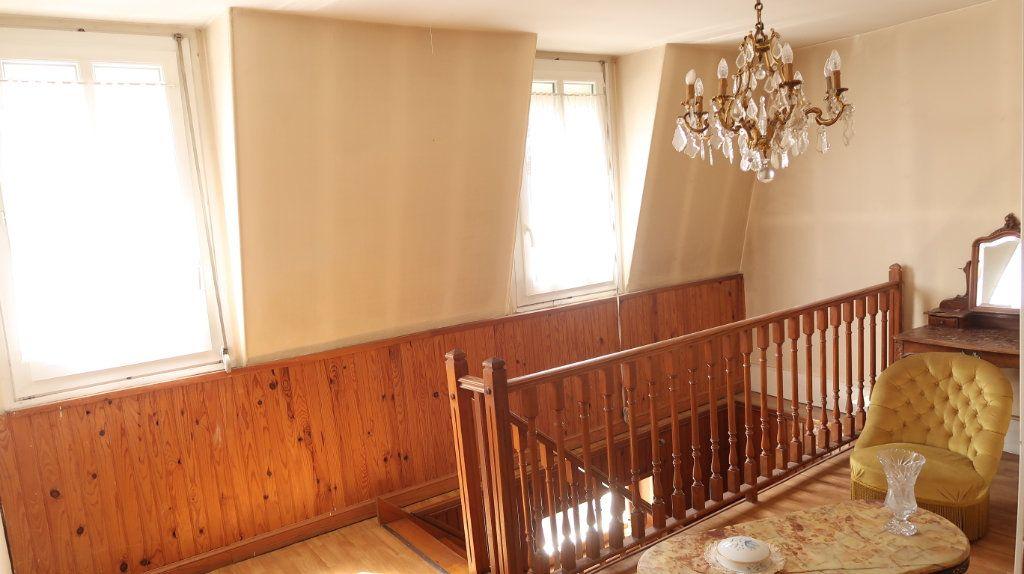 Maison à vendre 7 200m2 à Saint-Gobain vignette-8
