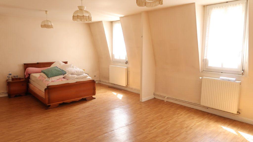 Maison à vendre 7 200m2 à Saint-Gobain vignette-9
