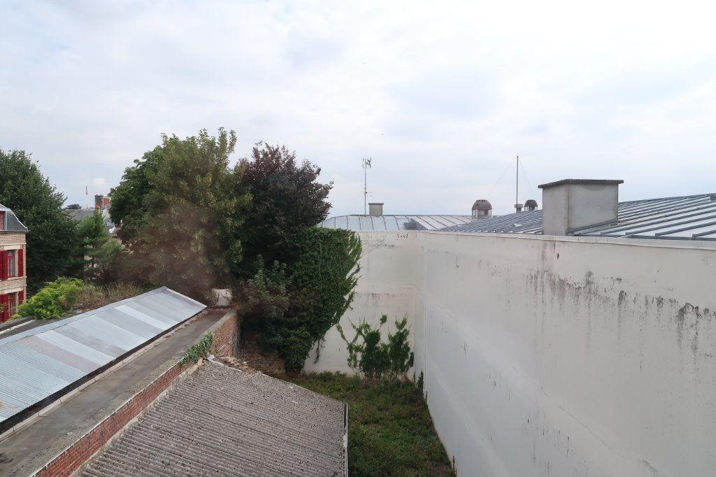 Appartement à louer 3 59m2 à Saint-Quentin vignette-3