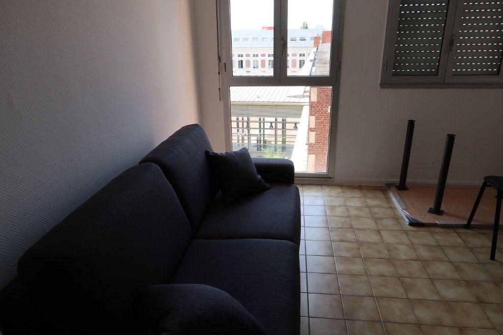 Appartement à louer 1 25m2 à Amiens vignette-3