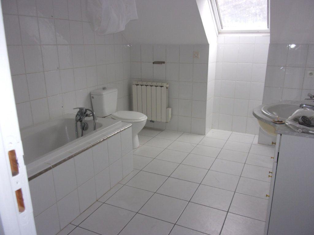 Appartement à louer 2 40m2 à Saint-Quentin vignette-2