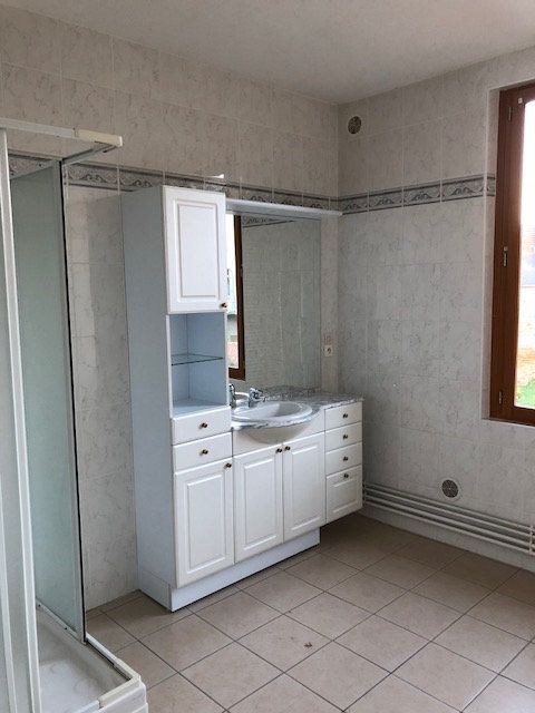 Appartement à louer 2 66.57m2 à La Fère vignette-4