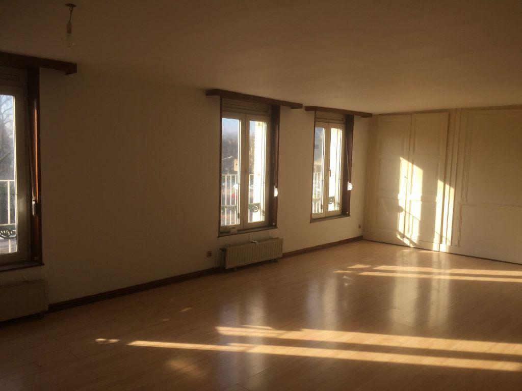 Appartement à louer 2 76m2 à Amiens vignette-1