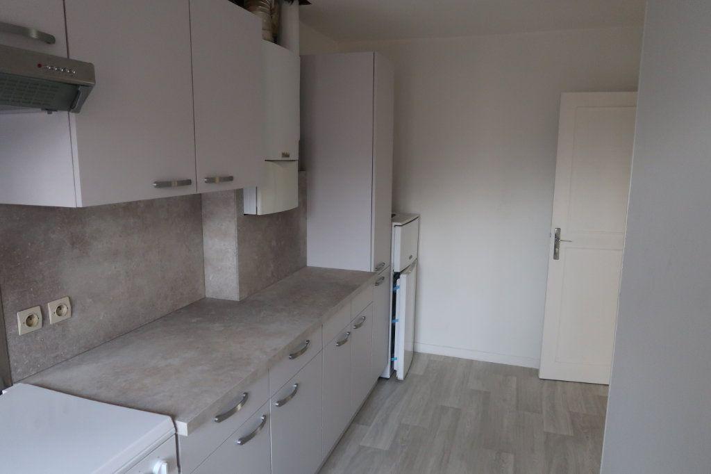 Appartement à louer 2 76m2 à Amiens vignette-6