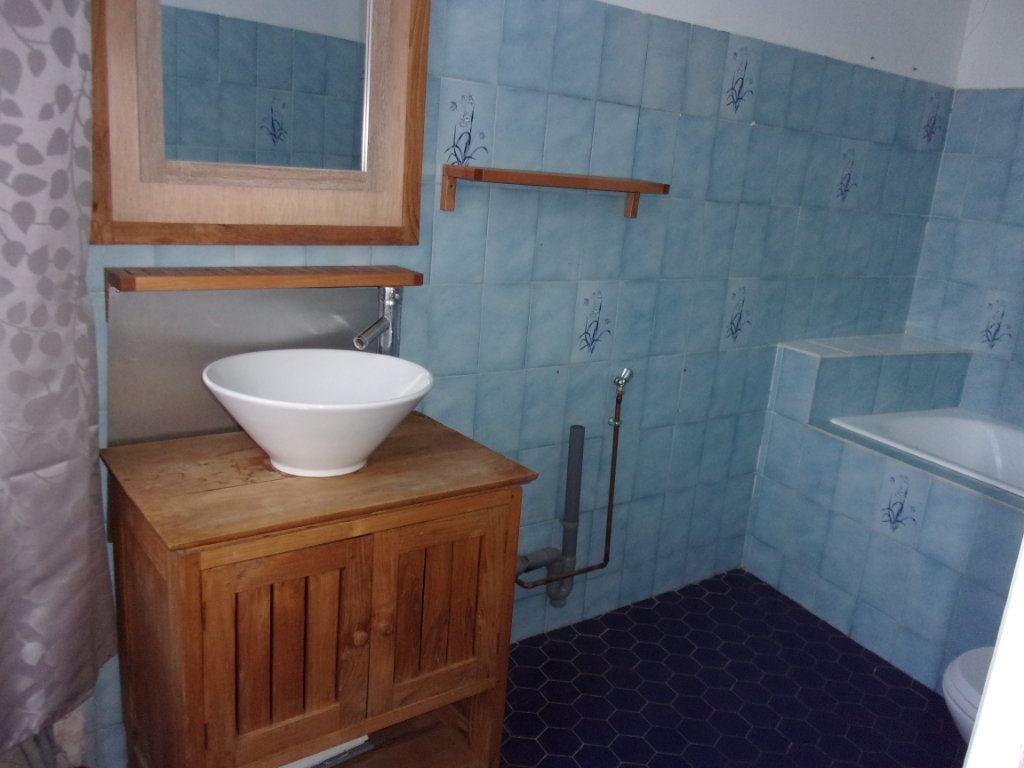 Appartement à louer 3 108m2 à Saint-Quentin vignette-5
