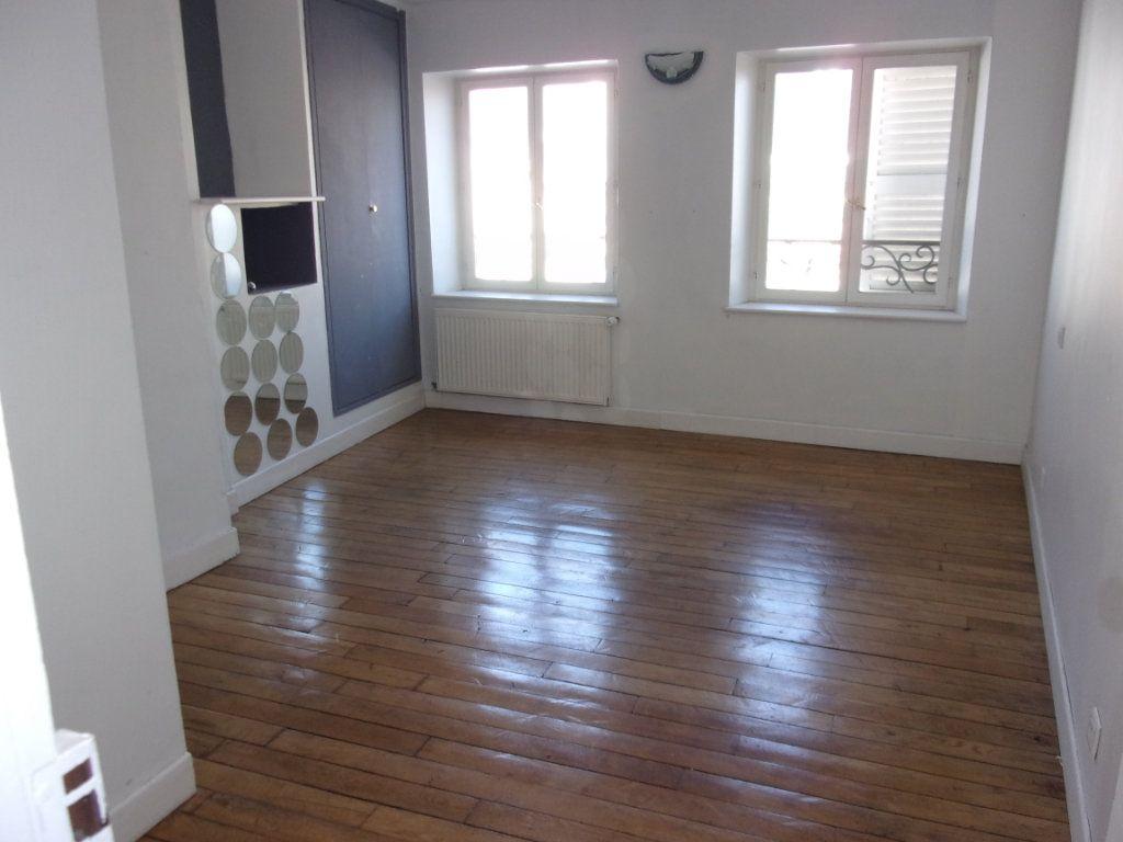 Appartement à louer 3 108m2 à Saint-Quentin vignette-7