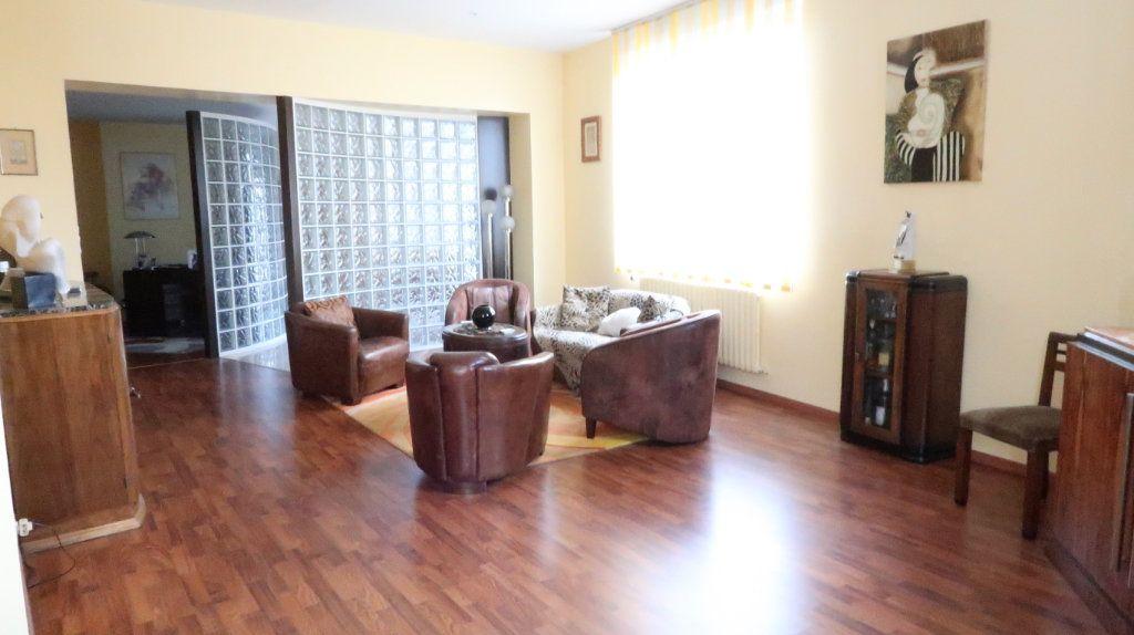 Maison à vendre 6 170m2 à Tergnier vignette-3