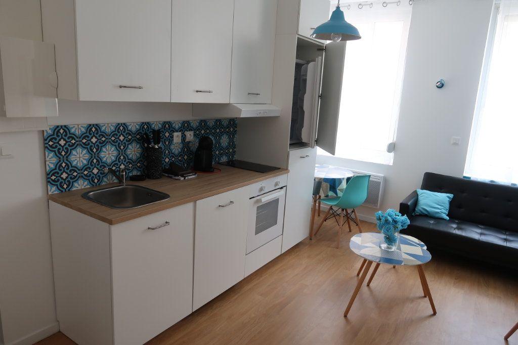 Appartement à louer 2 31.45m2 à Saint-Quentin vignette-2