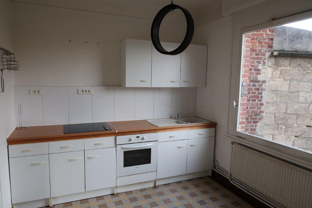 Maison à louer 5 90m2 à Amiens vignette-1