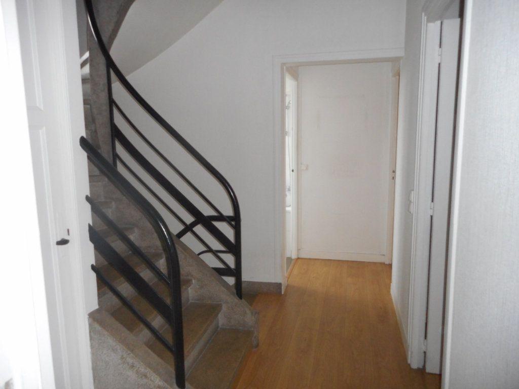 Maison à louer 5 90m2 à Amiens vignette-5