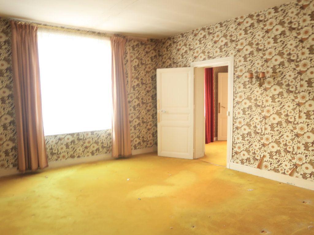 Maison à vendre 7 154m2 à La Fère vignette-5