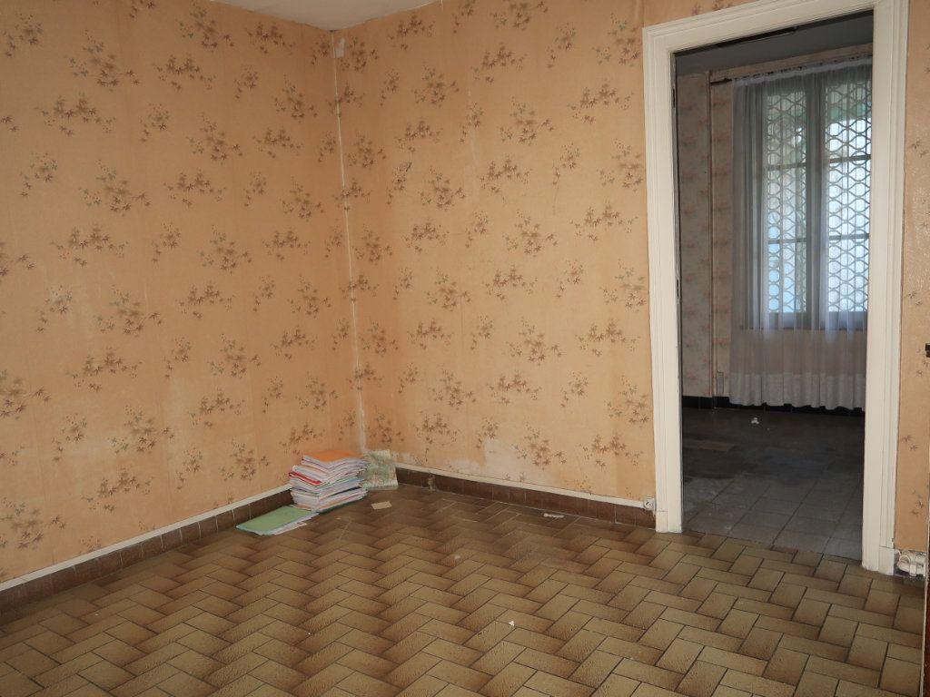 Maison à vendre 7 154m2 à La Fère vignette-7