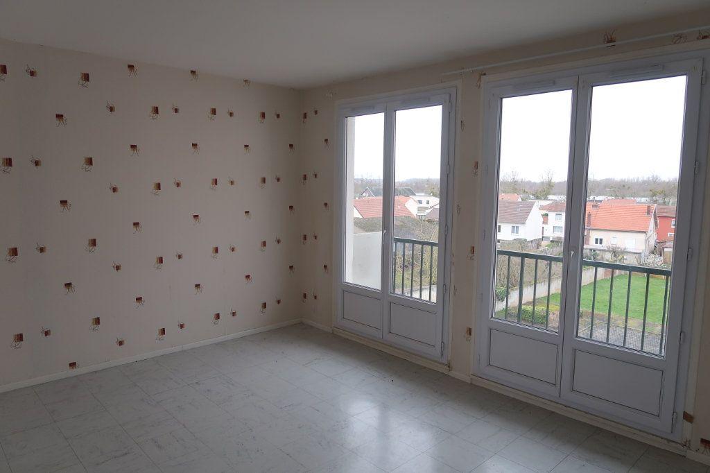 Appartement à vendre 3 51.49m2 à La Fère vignette-4