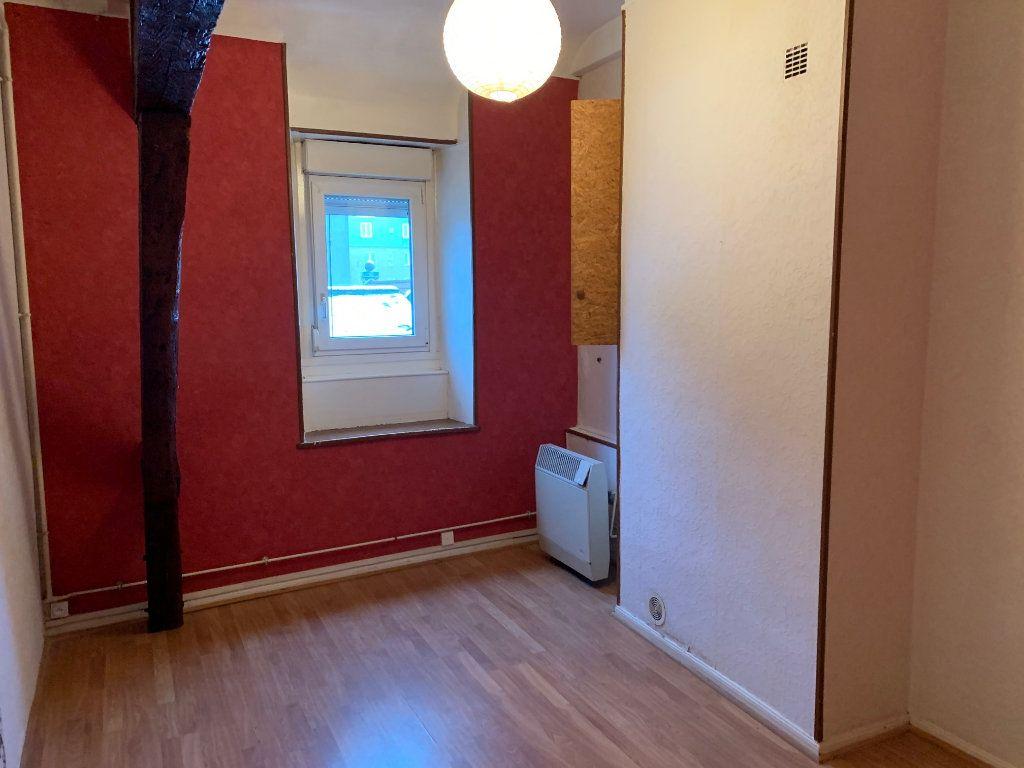 Appartement à louer 2 55m2 à Saint-Quentin vignette-3