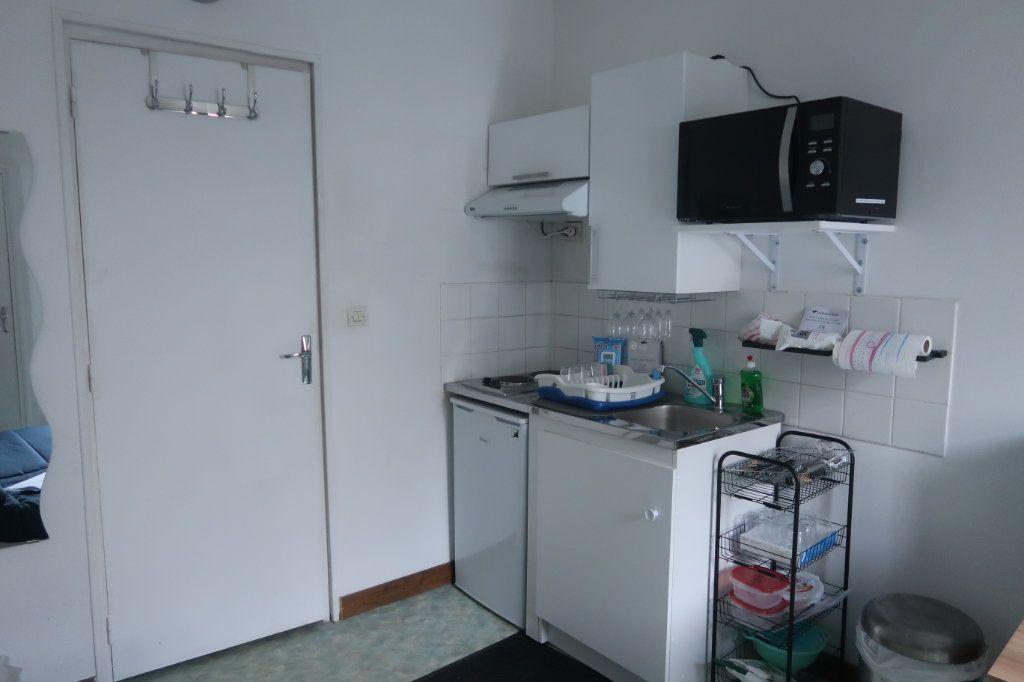 Appartement à louer 1 20m2 à Saint-Quentin vignette-3