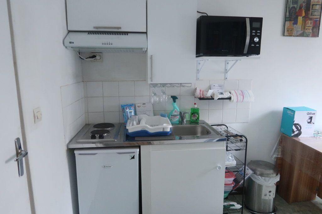 Appartement à louer 1 20m2 à Saint-Quentin vignette-8