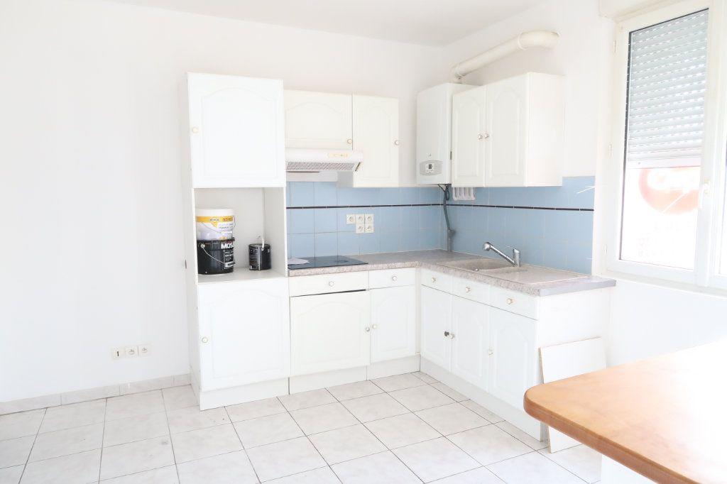 Appartement à louer 2 37.51m2 à Tergnier vignette-2