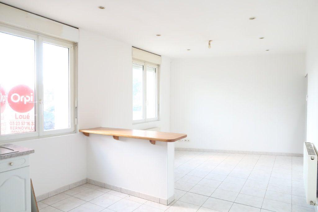 Appartement à louer 2 37.51m2 à Tergnier vignette-3