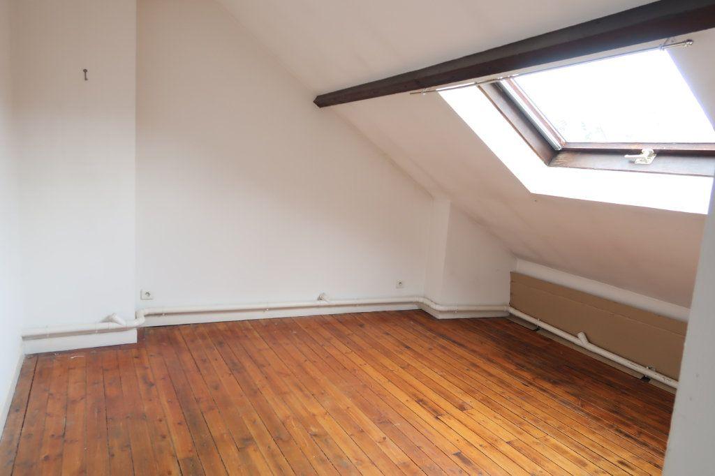 Appartement à louer 2 45m2 à Saint-Quentin vignette-6