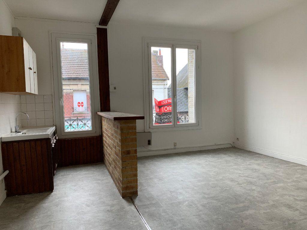 Appartement à louer 2 42.3m2 à Tergnier vignette-1