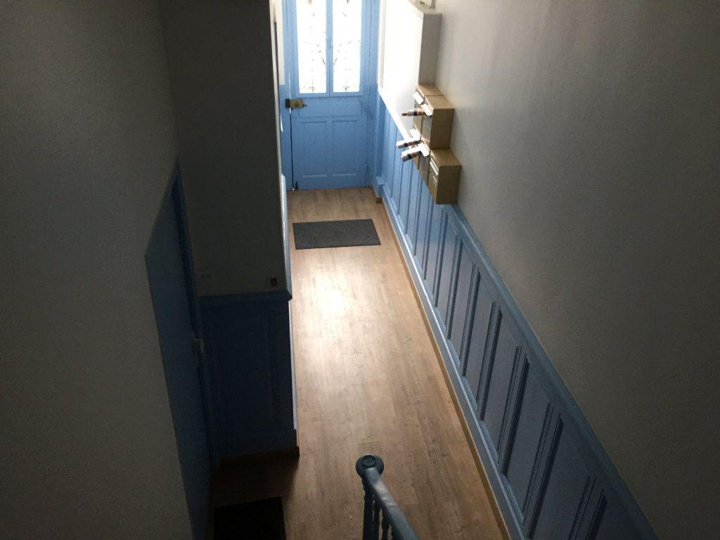 Appartement à louer 2 40m2 à Amiens vignette-6