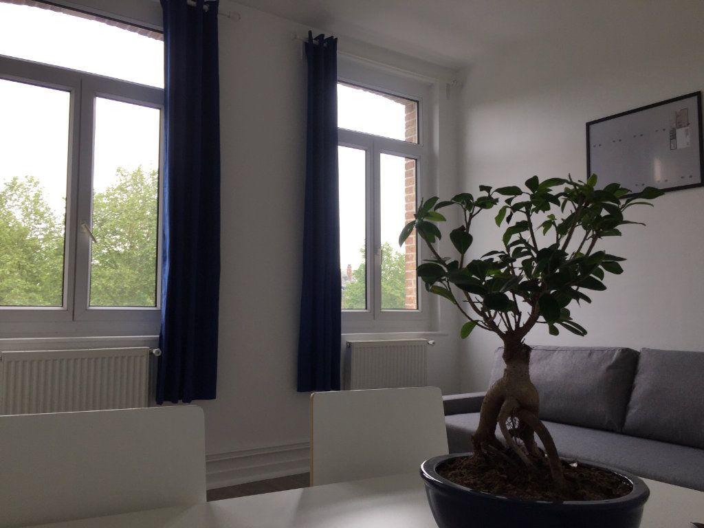 Appartement à louer 2 40m2 à Amiens vignette-8