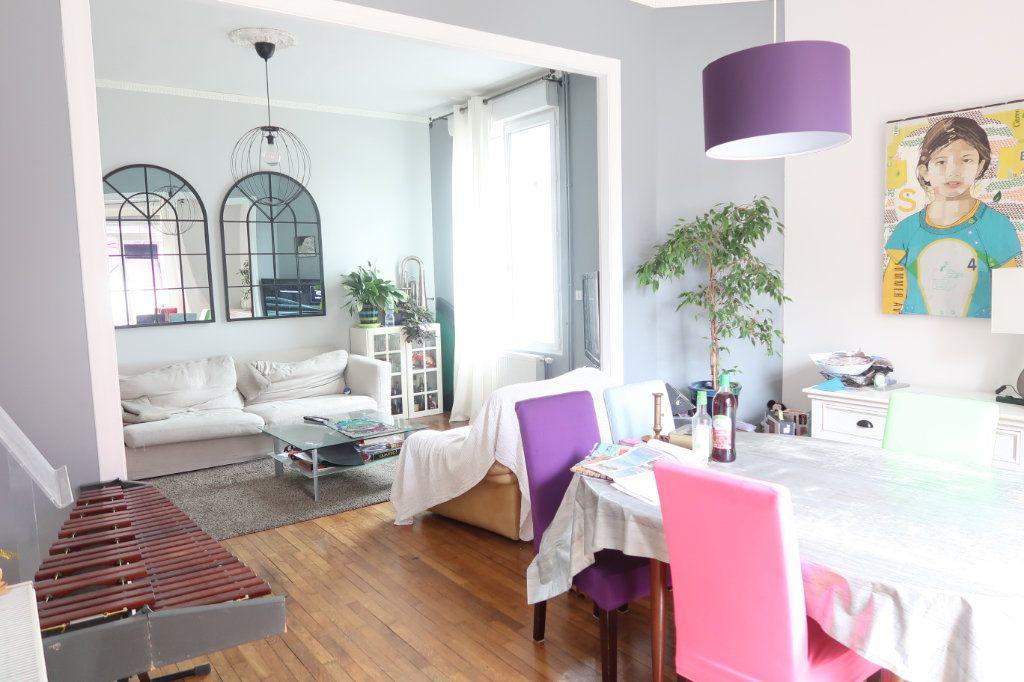 Maison à vendre 7 133m2 à Saint-Quentin vignette-3