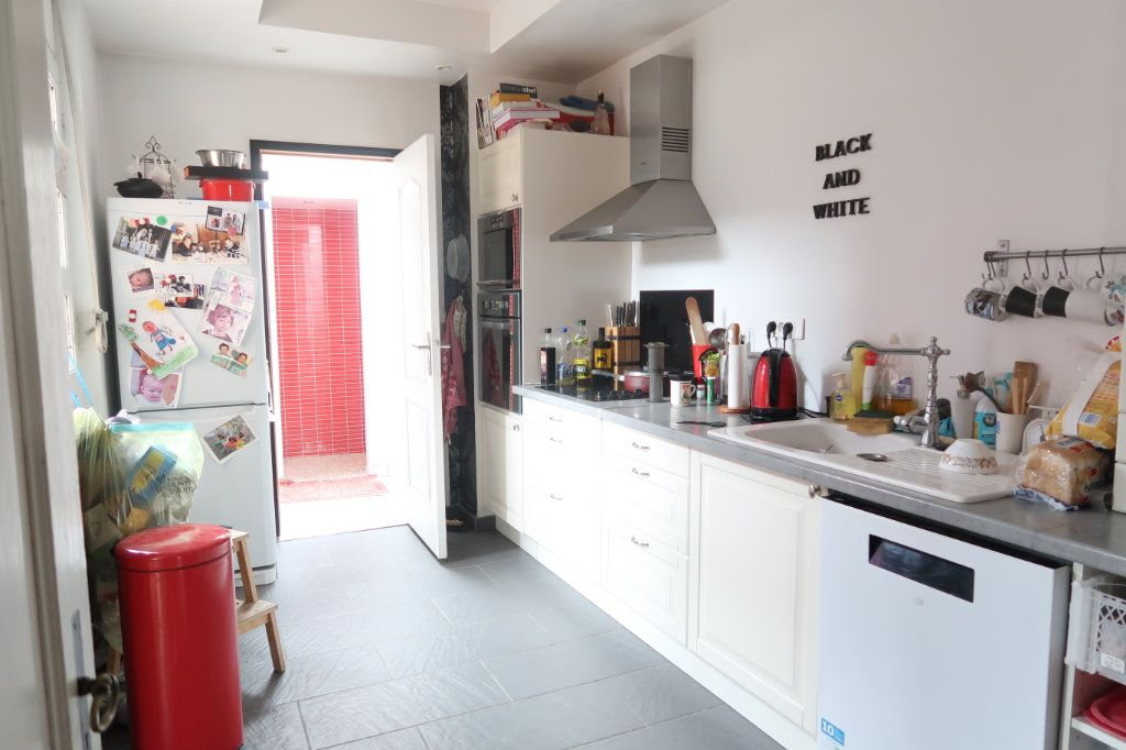 Maison à vendre 7 133m2 à Saint-Quentin vignette-4