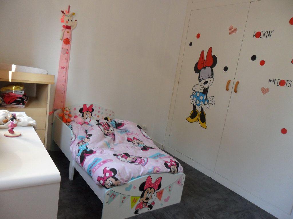 Appartement à vendre 5 66m2 à Saint-Quentin vignette-11