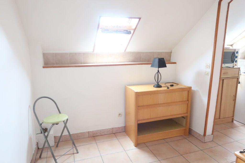 Appartement à louer 1 15m2 à Itancourt vignette-3