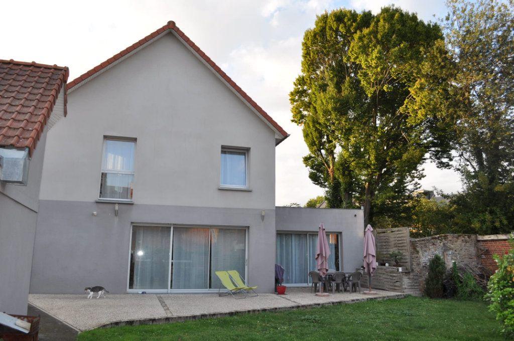 Maison à vendre 7 198.19m2 à Doullens vignette-2