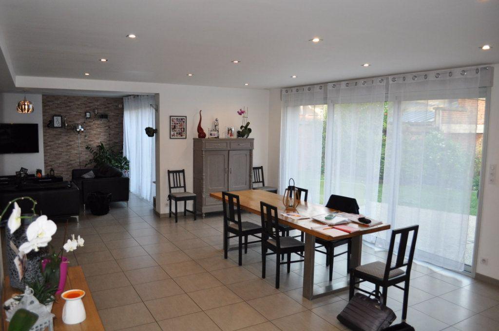 Maison à vendre 7 198.19m2 à Doullens vignette-4