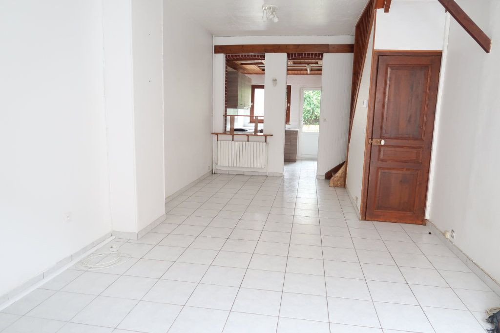 Maison à louer 4 70m2 à Saint-Quentin vignette-1