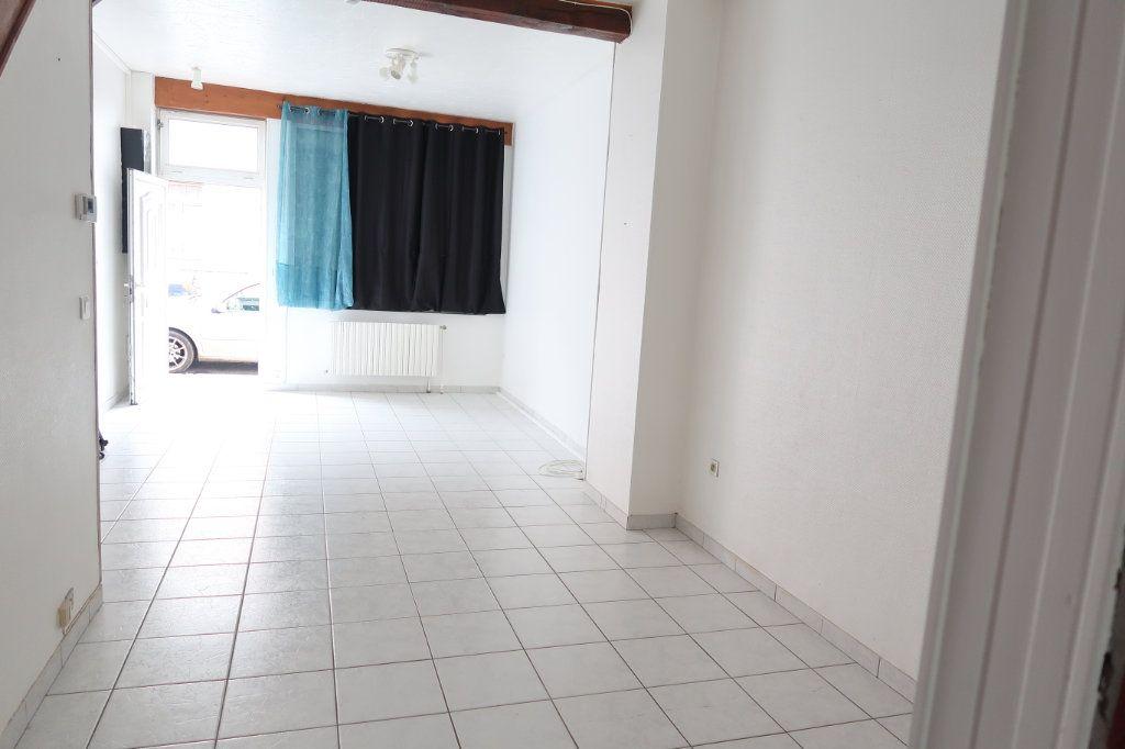 Maison à louer 4 70m2 à Saint-Quentin vignette-2